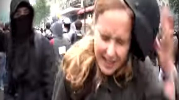 ओह…लाइव कवरेज के दौरान महिला पत्रकार को जड़ा थप्पड़