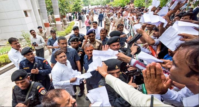 Akhilesh yadav यूपी: समाजवादी पार्टी में कौमी एकता दल का हो सकता है विलय !