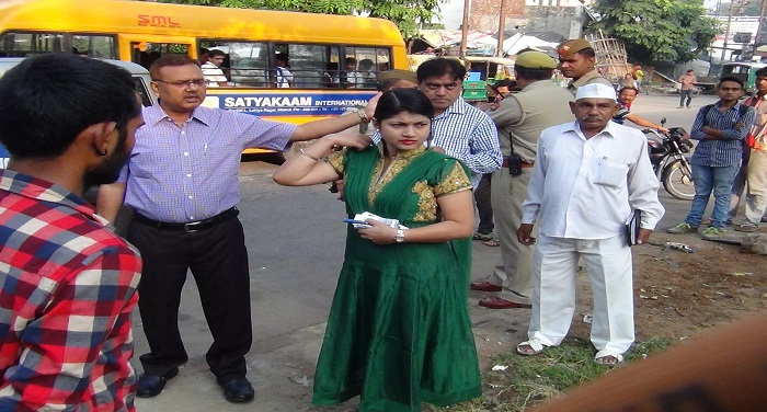 dm-b-chandrakala-seen-in-action-mode-done-cleaning-inspection