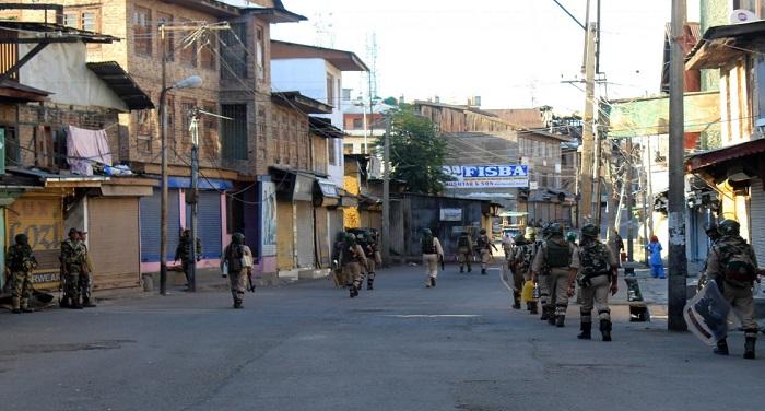 Kashmir 1 ग्रेनेड बम से बीजेपी नेता पर हमला