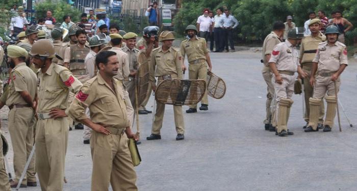 12 officers suspended for alleged anti state activities in the valley घाटी में देश विरोधी गतिविधियों के आरोप में 12 अधिकारी सस्पेंड