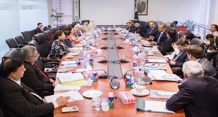Pakistan imposed ban on Indian TV channels and radio पाकिस्तान ने भारतीय टीवी चैनलों और रेडियो पर लगाई रोक