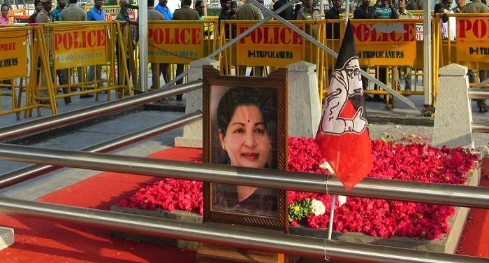 jayalalitha samadhi निधन के 8 दिन बाद 'अम्मा' का हुआ दोबारा अंतिम संस्कार...जानें क्यों?