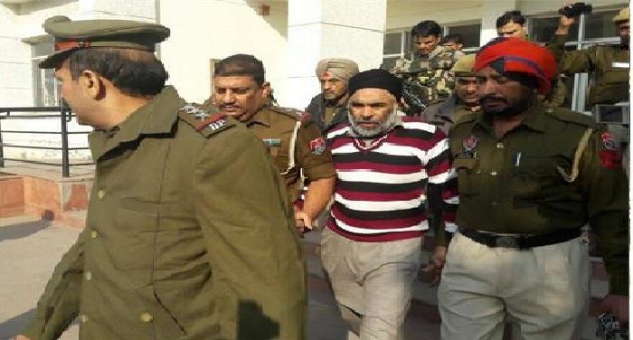 nabha jail नाभा जेल कांडः पुलिस ने कोर्ट के सामने पेश किया हरमिन्दर सिंह