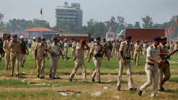 बिहार: शराब तस्करों ने पुलिस पर किया पथराव, कई लोग गिरफ्तार, हजारों लीटर अवैध शराब जब्त