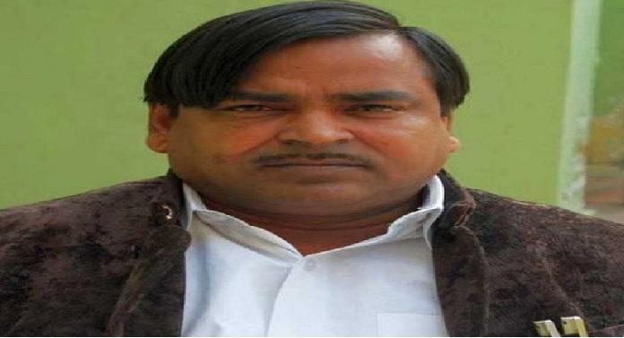 gayatri parjapati गायत्री प्रजापति को सुप्रीम कोर्ट से नहीं मिली राहत