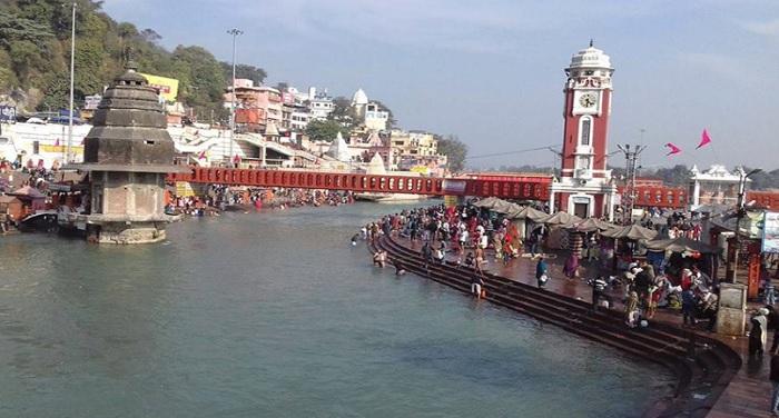 haridwar मौनी अमावस्या पर श्रद्धालुओं ने गंगा में लगाई डुबकी