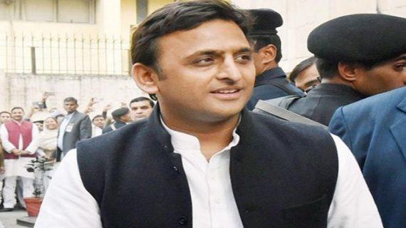 अब एक और सपा नेता ने फोड़ा अखिलेश यादव पर लेटर बम