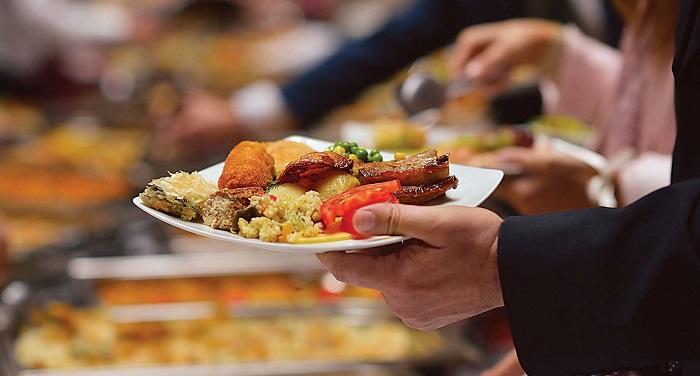 food 3 सेहत के लिए खतरनाक साबित हो सकता है ये फूड कॉम्बिनेशन, क्या कहता है आयुर्वेद?