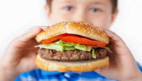 कहीं आपका बच्चा भी तो नहीं हो रहा मोटापे का शिकार, पढ़े ये खबर…