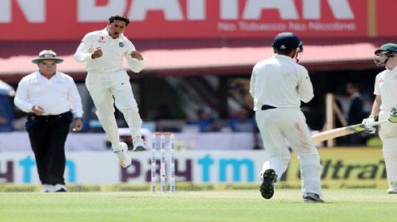 धर्मशाला टेस्टः भारतीय 'चाइनामैन' के फिरकी में फंसे कंगारु, 300 पर ऑलआउट