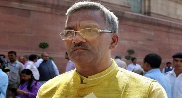 trivender singh rawat त्रिवेंद्र सिंह रावत ने किया मुख्यमंत्री आवास में गृह प्रवेश