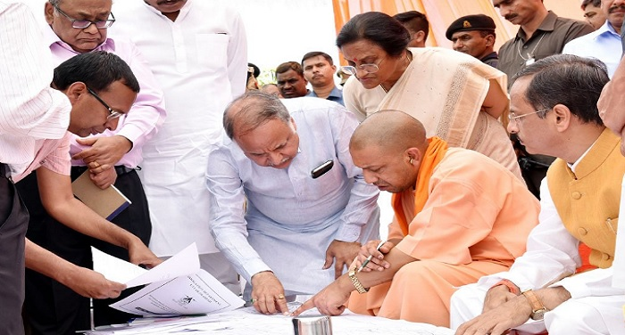 yogi adityanath 1 वैध और तय मानकों का पालन करने वालों पर कार्यवाही नहीं : CM योगी
