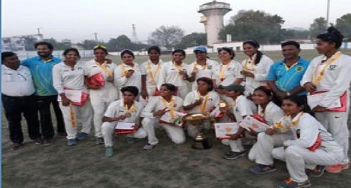 spo 2 भारतीय रेलवे महिला क्रिकेट खिताब पर पश्चिम रेलवे ने किया कब्जा