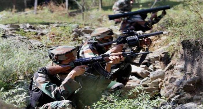 jawan indian army दक्षिण कश्मीर में सुरक्षाबलों का सर्च ऑपरेशन, 20 से ज्यादा गांव को घेरा