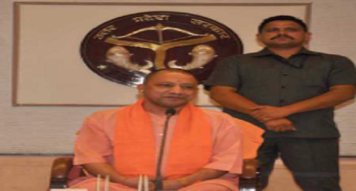 7 yogi उत्तर प्रदेश में तबादलों का दौर जारी,हुए 40 आईएएस अफसरों के तबादले
