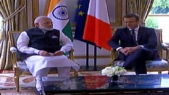 पीएम मोदी ने की फ्रांसीसी राष्ट्रपति से मुलाकात