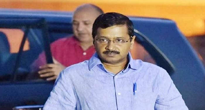 kajriwal सीएम केजरीवाल ने मनीष सिसोदिया के साथ किया आंगनवाड़ी केंद्रों का निरीक्षण