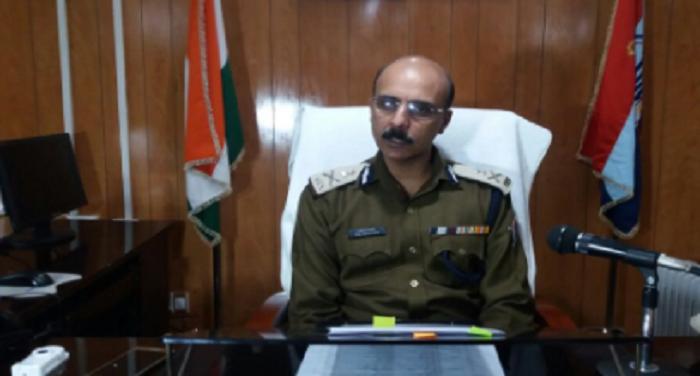 uttarakhand 2 बदरीनाथ के पूर्व रावल पर छेड़खानी का आरोप, मुकदमा हुआ दर्ज