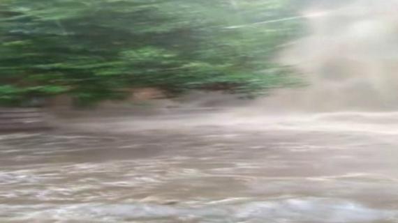 राप्ती नदी का जलस्तर बढ़ने से बढ़ा बाढ़ का खतरा
