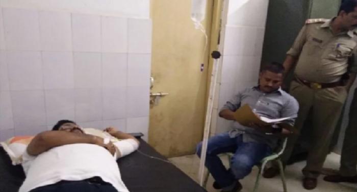 azangarh police, encounter, prize punk rifle, assaulted, crime