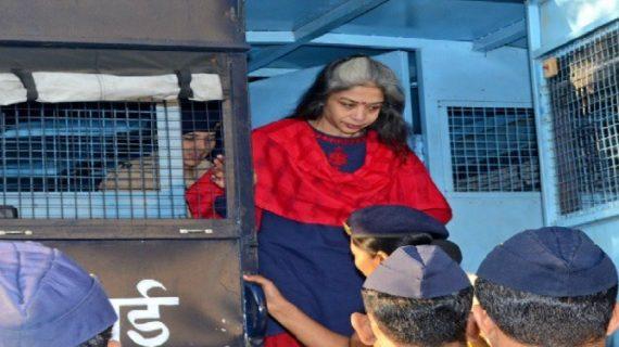 इंद्राणी मुखर्जी कराती है जेल में कैदियों से मसाज: बीजेपी एमएलए