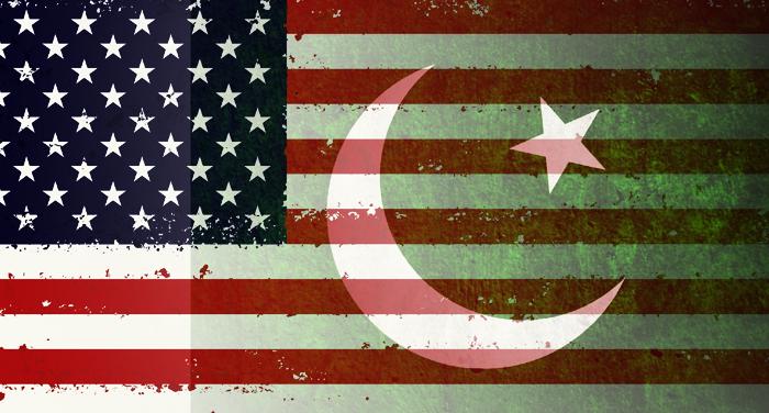 USA and pakistan flag अमेरिका ने फिर पाकिस्तान को दुलराया, कहा साझेदारी और दोस्ती को देते हैं बड़ा महत्व