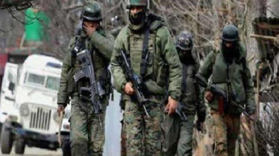 जम्मू-कश्मीर के सोपोर में तीन आतंकी ढेर, तीन एके- 47 भी बरामद