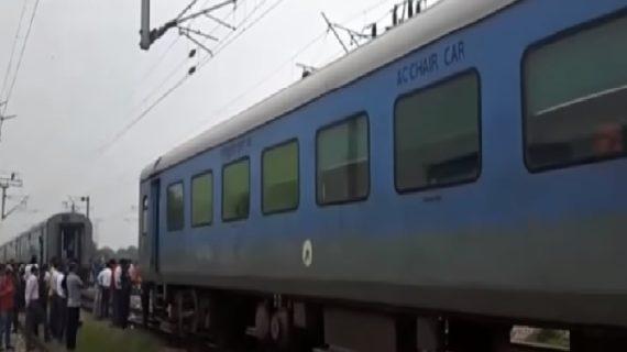 इंडियन रेलवे ने किया टिकट बुकिंग सुविधा में सुधार