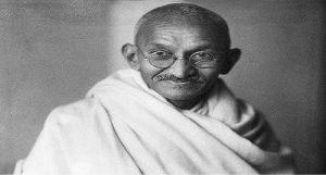 Mahatma Gandhi ब्रिटेन में गांधी जी के चश्में की नीलामी, कीमत जानकर आपके होश उड़ जाएंगे..