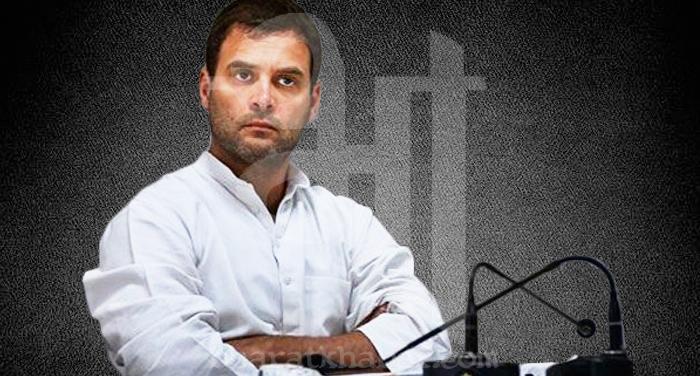rahul gandhi 4 निर्भया की मां ने राहुल का जताया आभार, 'उनकी मदद से बेटा बना पायलट'