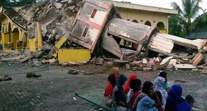 640 6401499691649vd9r2o6w2h7egguc8savoinu शक्तिशाली भूकंप से हिला इंडोनेशिया, सौ से ज्यादा घरों को पहुंचा नुकसान, दो लोगों की मौत
