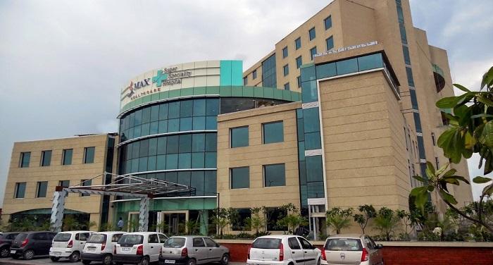 जीवित नवजात को मृत बताने वाले मैक्स अस्पताल का दिल्ली सरकार ने किया लाइसेंस रद्द