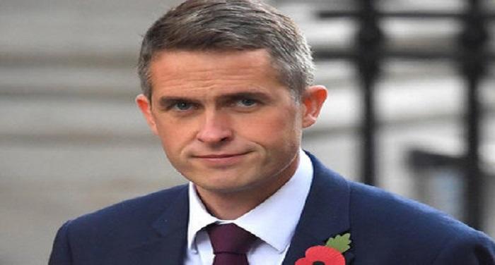 NBT image ब्रिटेन के रक्षा मंत्री का आक्रमक बयान, बोले- ब्रिटेन में मौजूद आईएस के सभी समर्थकों को मार गिराना चाहिए