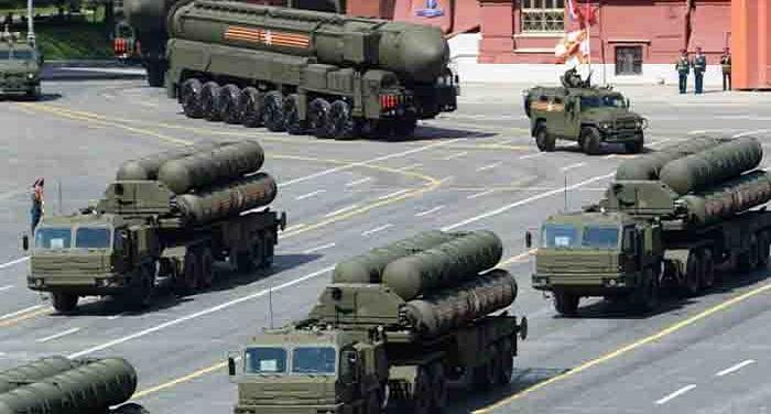 S 400 Anti Aircraft Missile Systems1 दुश्मनों के होंगे दांत खट्टे, भारत-रूस करेंगे एस-400 सूपसोनिक मिसाइल रक्षा प्रणाली समझौता