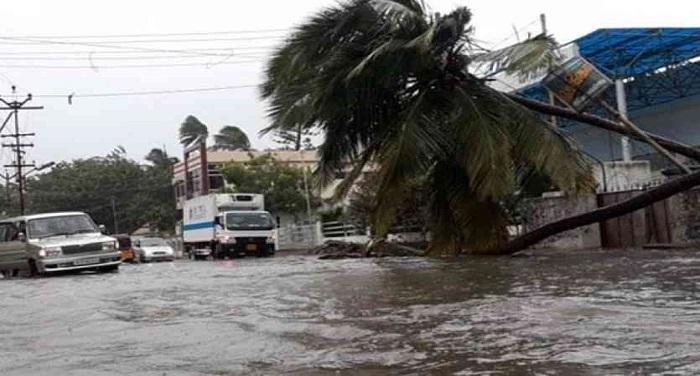 kanyakumari 1512037550 2055626 835x547 m तमिलनाडु में ''ओखी'' तूफान ने मचाई भारी तबाही, 16 लोगों के मारे जाने की खबर