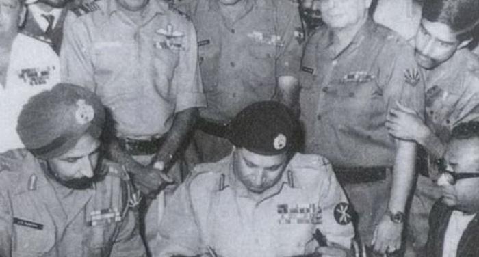 vi आज है विजय दिवस, जब पाकिस्तान ने भारत के सामने टेक दिए थे घुटने
