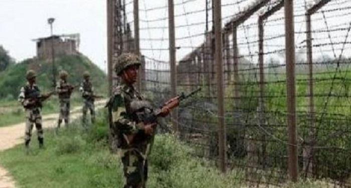 army 1 बीएसएफ ने पाकिस्तान को दिया करारा जवाब, 9 हजार मोर्टार शेल दाग कई चौकिंया तबाह