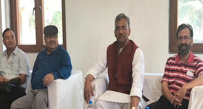 सीएम रावत ने मुंबई स्थित उत्तराखण्ड सदन में प्रवासी उत्तराखंडियों के साथ किया संवाद