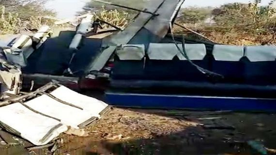 राजस्थान: सीकर में बस और ट्रोले में भिड़ंत, 11 लोगों की मौत