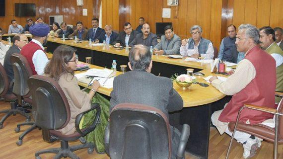 सीएम रावत ने सिडकुल हरिद्वार के उद्यमियों की समस्याओं के समाधान के लिये प्रमुख सचिव को दिए निर्देश