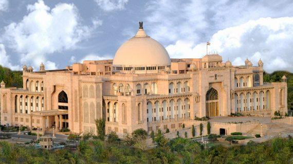 विधानसभा में उठा राहुल के मंदिर प्रेम का मु्द्दा, पक्ष-विपक्ष में चले शब्दों के बाण
