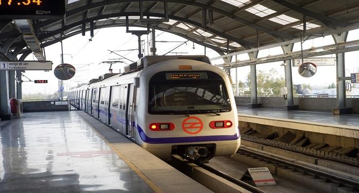 TT2 दिल्ली मेट्रों की नई योजना, हैवी बैग के साथ नहीं कर पाएंगे मेट्रों में सफर