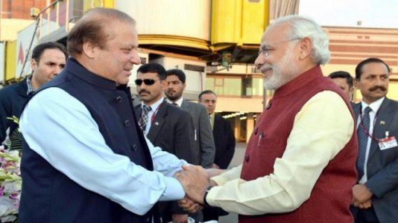 पाकिस्तान के ऊपर से उड़ा पीएम का विमान, तो मांग लिया 2.84 लाख का बिल