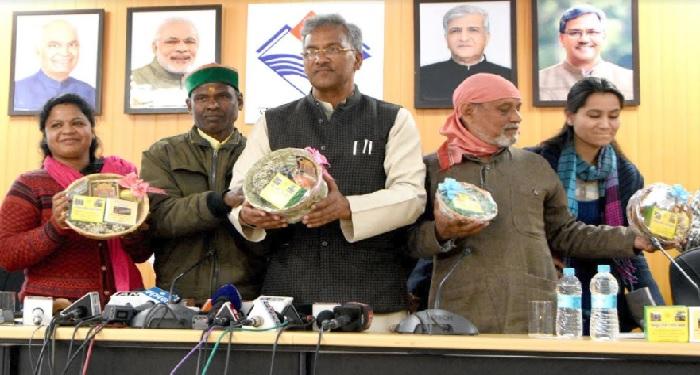 राज्य सरकार ने लिया चारधाम यात्रा के सभी मंदिरों को प्रोत्साहित करने का निर्णय