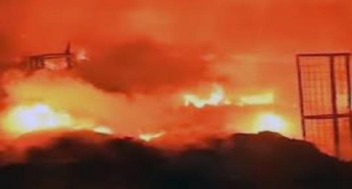 भिवंडी के भंडारी कंपाउंड में भीषण आग, कपड़ा व धागा जलकर
