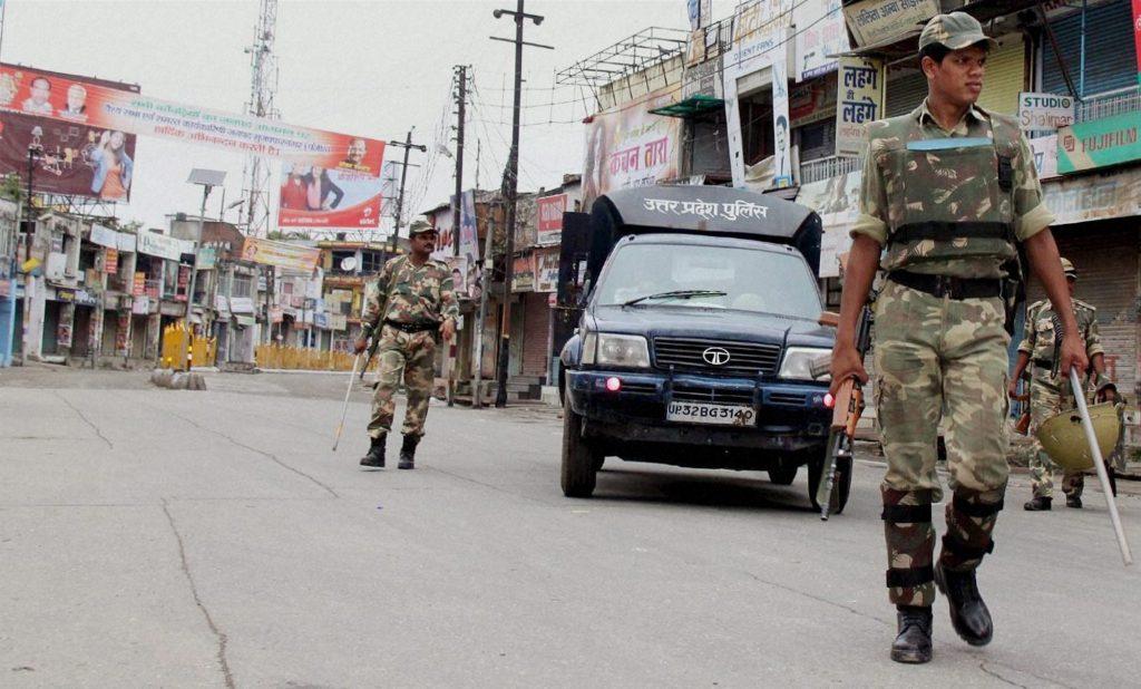 2013 9img08 Sep 2013 PTI9 8 2013 000094B मुजफ्फरनगर में दंगों के आरोपियों को बड़ी राहत, 131 केस वापस लेगी योगी सरकार