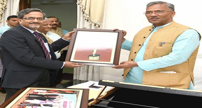 पंतनगर विश्वविद्यालय के कुलपति ने सीएम से की मुलाकात