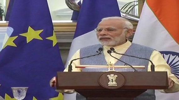 भारत-फ्रांस के बीच हुए 14 समझौते, पीएम बोले दो संस्कृतियों के बीच साझेदारी