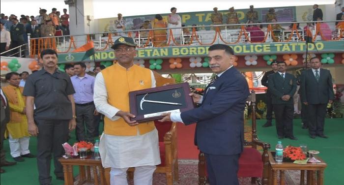 cm rawat 10 हिमालय के वीर कार्यक्रम में बतौर मुख्य अतिथि पहुंचे सीएम रावत